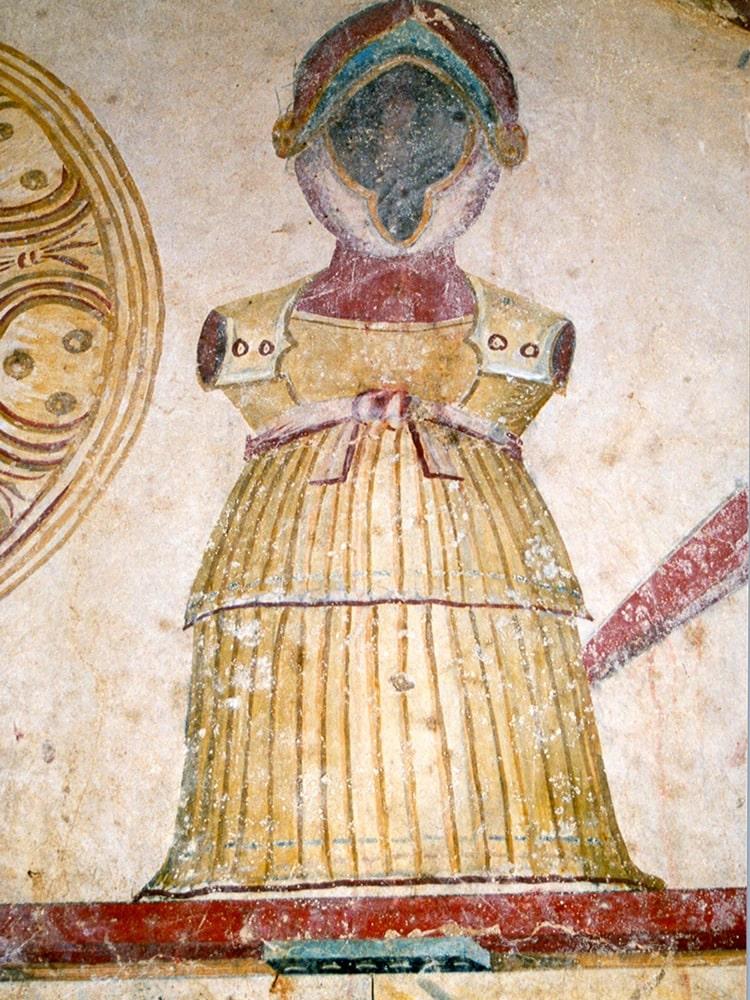 tomb13-min