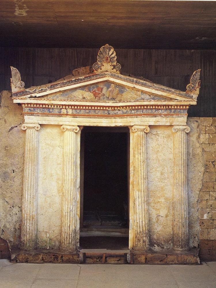 tomb14-min